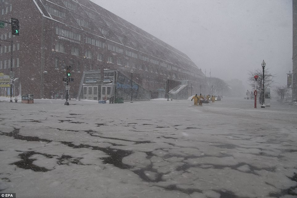 Flood and Ice: Here's how flood in Boston turns into a sea ...