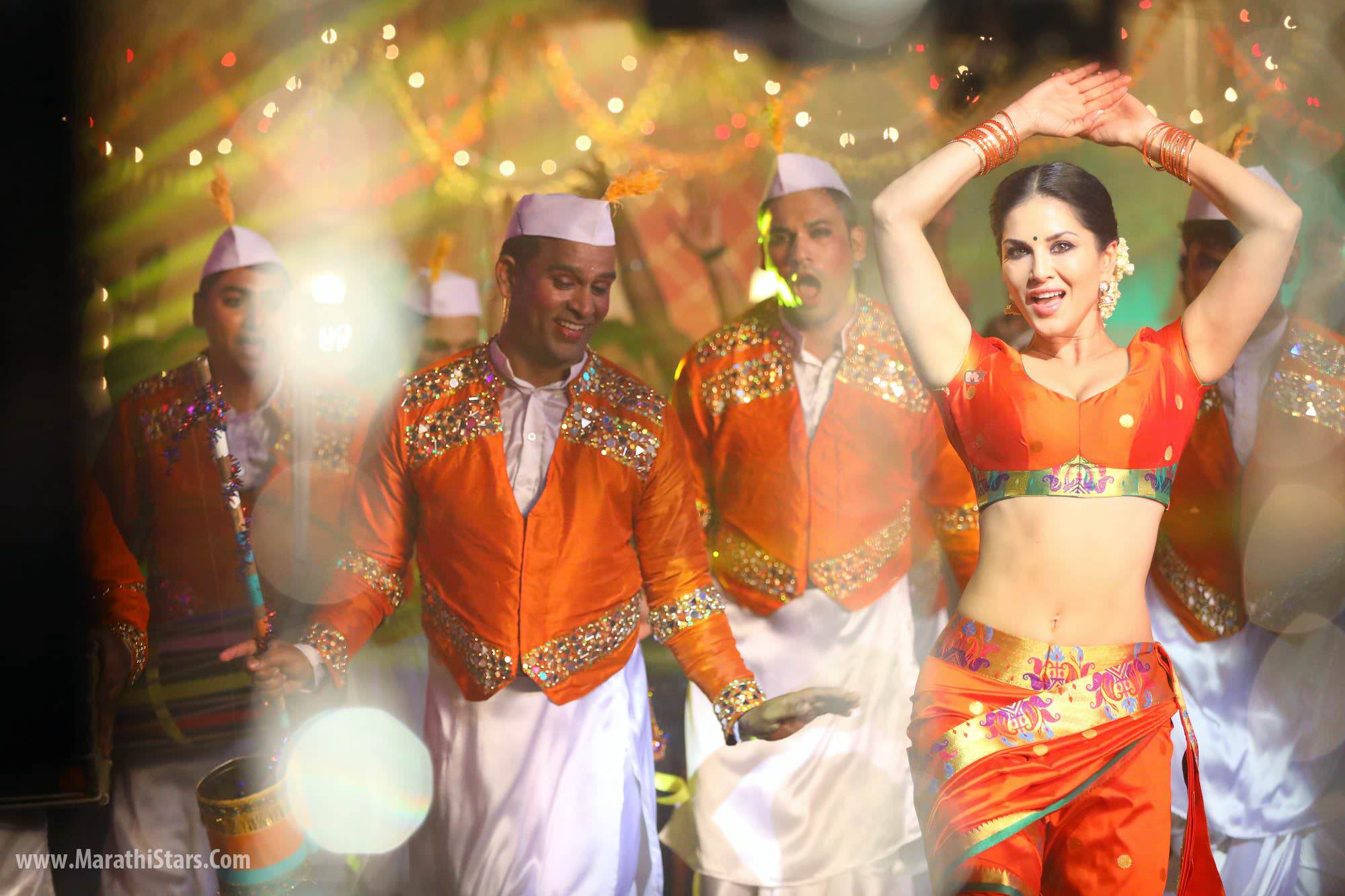 Ganesh Chaturthi Celebration In Sunny Leone's New Home In Mumbai