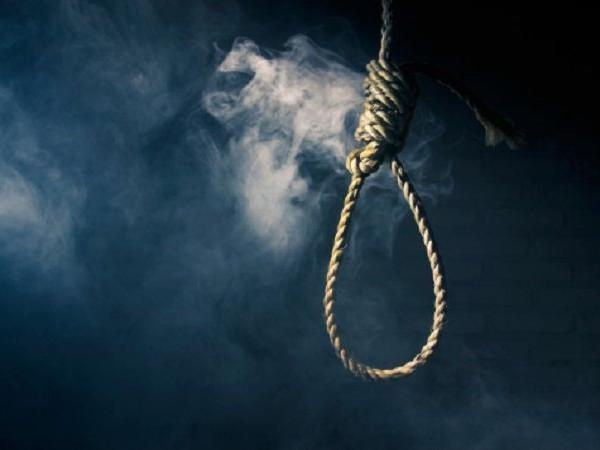A 17-year old IIT aspirant from Kota committed Suicide