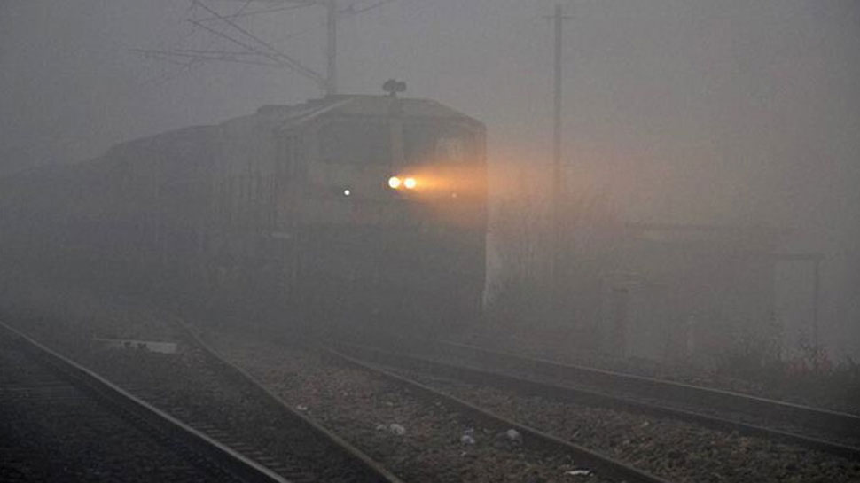 15 trains delayed in capital due to fog