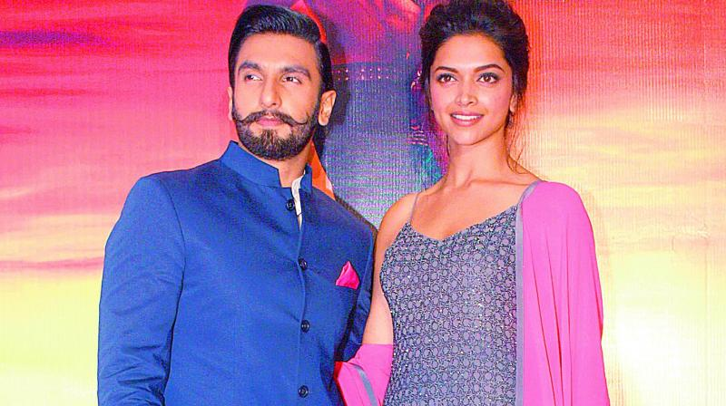 What! Ranveer Singh changed his surname to Padukone..!!
