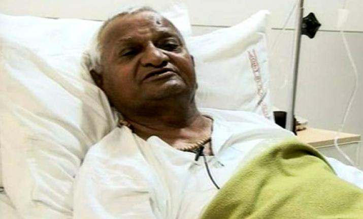 Big Breaking: Anna Hazare admitted to ICU in Maharashtra