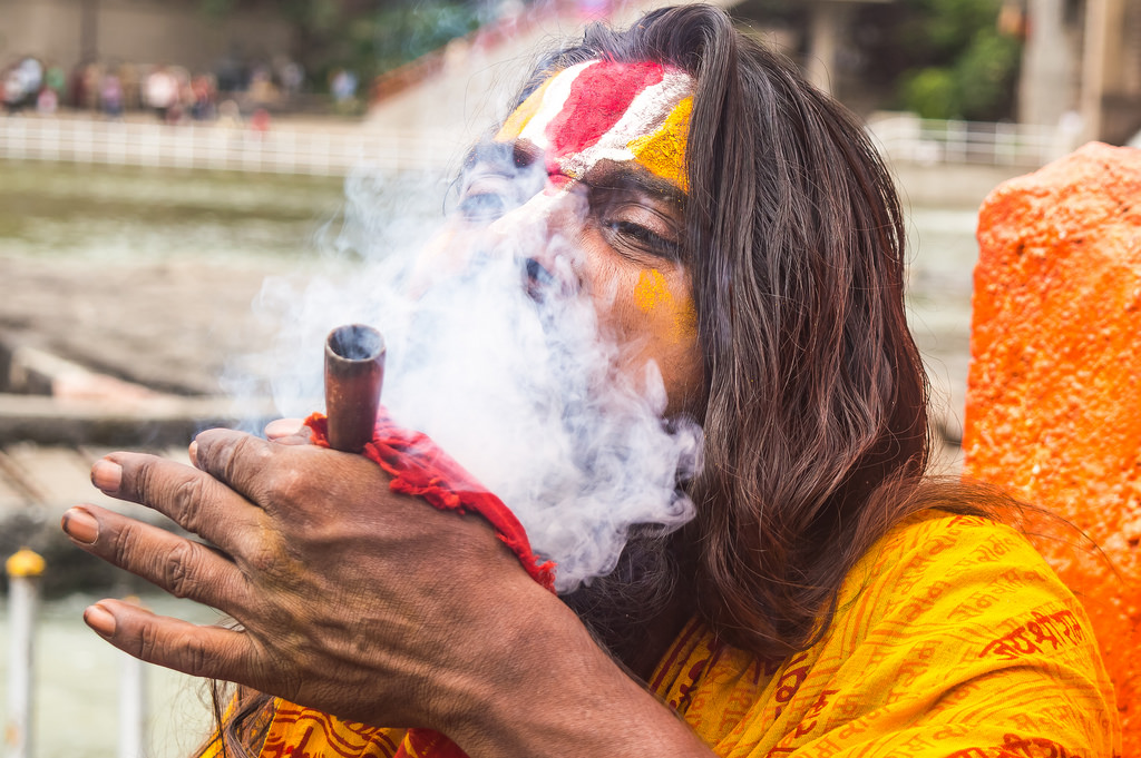 Sadhu smoking chillam