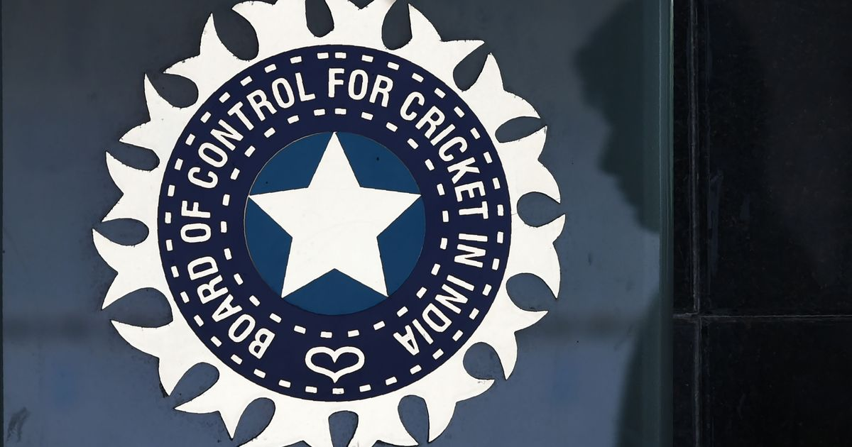 bcci facing problem due to players spouse