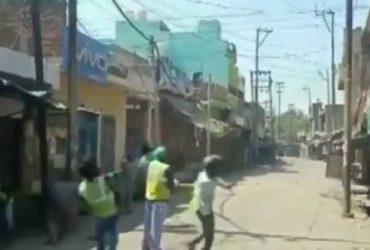 Aligarh_shopkeepers_stone_pelting