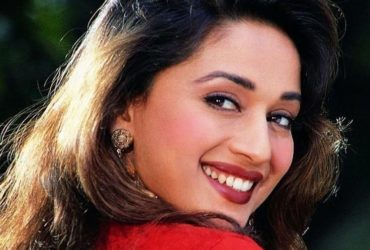 9 iconic dance by Madhuri Dixit, that we still watch on loop; Birthday Special