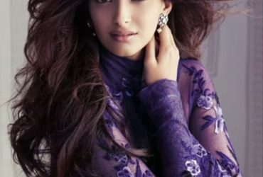 Bollywood's 'FASHION QUEEN' Sonam Kapoor, turns 35 today