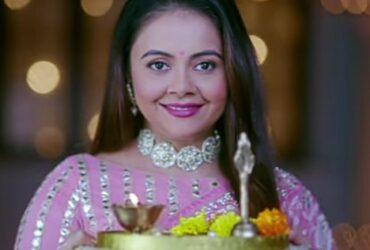 Big Boss 13 fame Devoleena Bhattacharjee aka Gopi Bahu returns with Saath Nibhana Saathiya 2 , Teases audience about 'Gehna'.