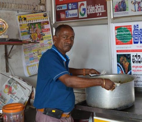 Wasting-food-in-telangana--restaurant-will-lead-you-to-pay-fine