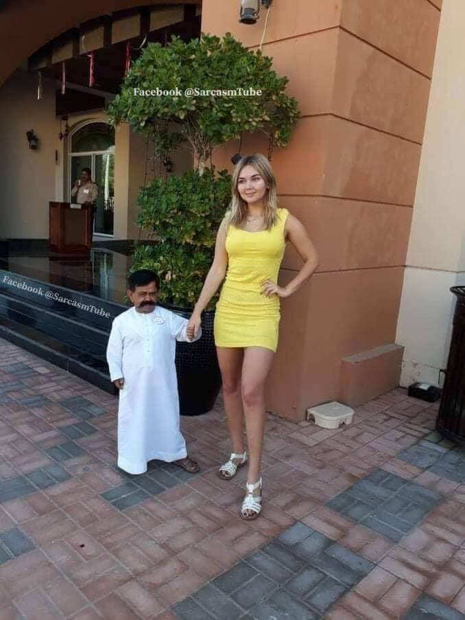Russian girl married dwarf Zahid for money
