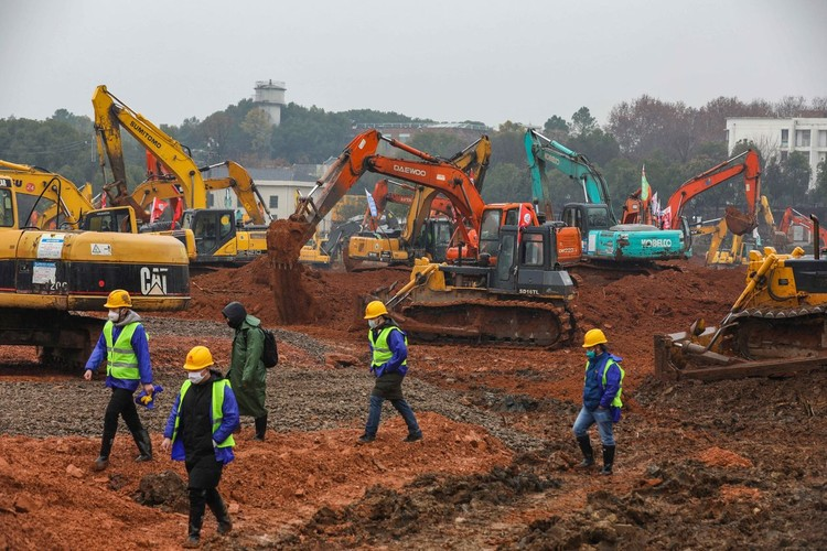 Know about miraculous journey of Chinese mind for building a hospital in 6 days.