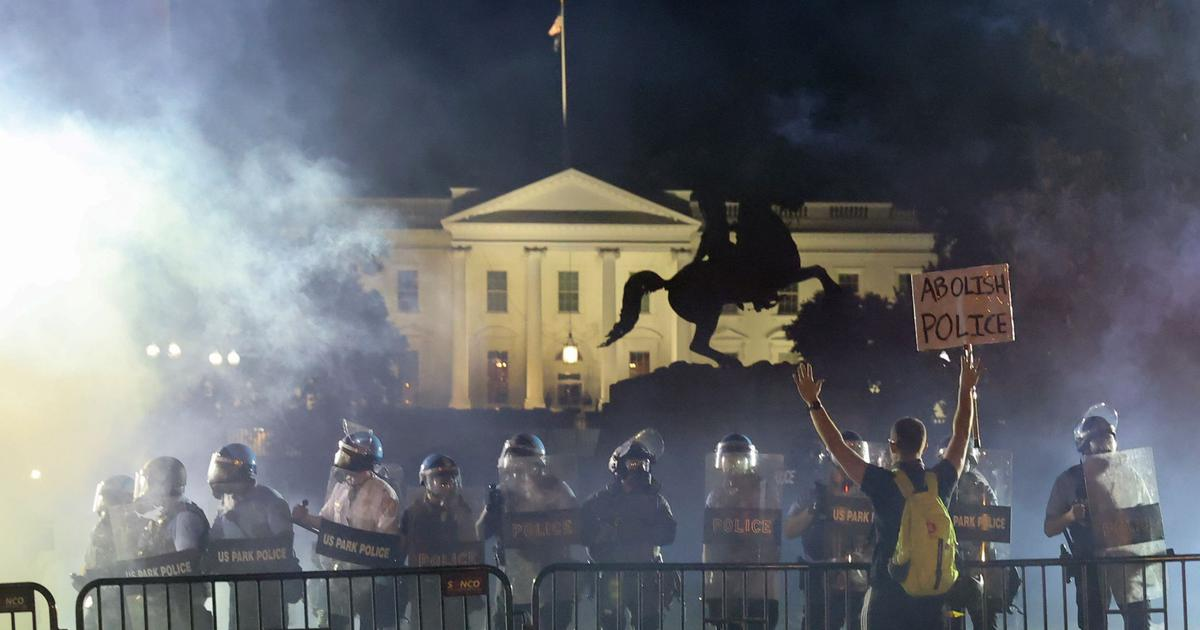 white house protests