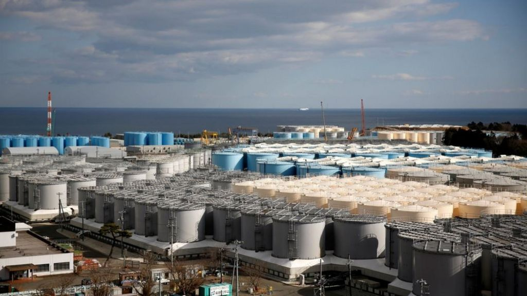 Environmentalists and several organisations, including Safecast?and Greenpeace, have urged the Tokyo Electric Power Company (TEPCO), the operator of the Fukushima plant, to build more storage tanks and keep the water stored.
