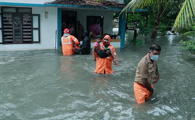 Meanwhile, orange alerts have been issued over the remaining subdivisions of Coastal Maharashtra, North Interior Karnataka and Tamil Nadu for the next two days. The alert urges residents to 'be prepared' for rough conditions.