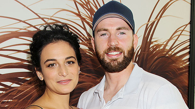 Moreover, Evans has been linked with other celebrities too including Dianna Agron, Kate Bosworth, and Emmy Rossum bit Evans has retrained from confirming most of his rumoured relationships.